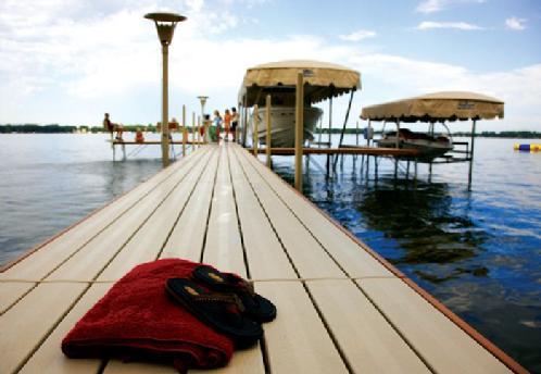 Bear Cove Marina